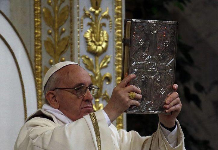 Una vez nombrado, el Papa buscó un cardenal por cada continente para conformar su grupo de asesores. (Agencias)