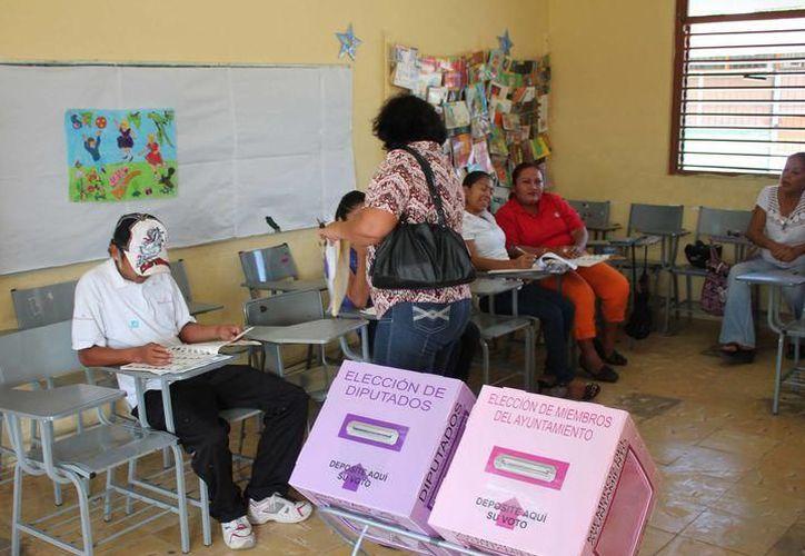 La Secretaría de Educación se compromete a entregar al Instituto Nacional Electoral (INE) un directorio de los centros escolares que serán utilizados. (SIPSE)