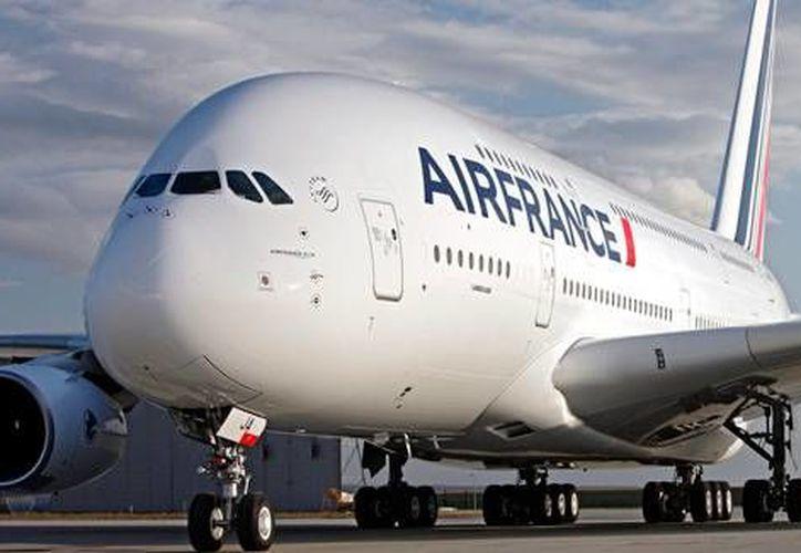 Los vuelos de las aerolíneas francesas, que llegan a Cancún, operan con normalidad el día de hoy. (Contexto/Internet)