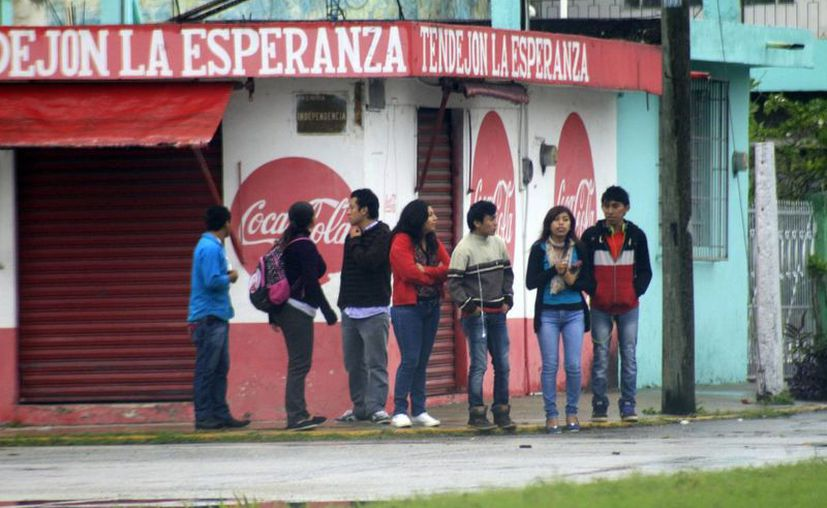 Los Chetumaleños recibieron temperaturas bajas por la presencia del frente frío número 21. (Paloma Wong/SIPSE)