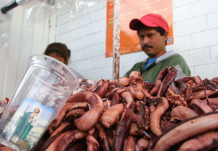 Los cargamentos de pulpo han sido interceptados y robados. (Foto: Milenio Novedades)