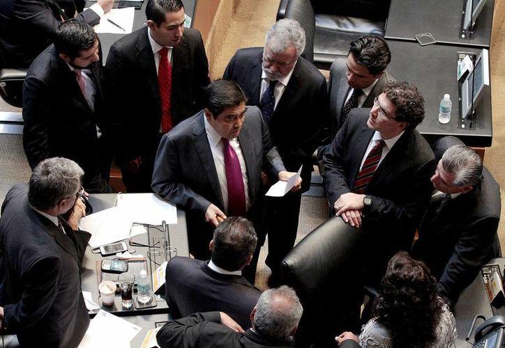 Los legisladores enviaron a comisiones el dictamen de la reforma en materia de coaliciones. (Notimex)