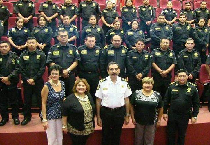 Imagen de la ceremonia de clausura del curso a agentes de la SSP. (Milenio Novedades)