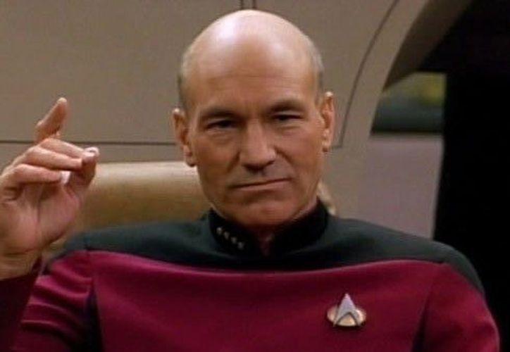El actor de 77 años tuvo que usar una peluca para darle un aspecto más joven a su personaje. (Foto: Contexto/Internet).