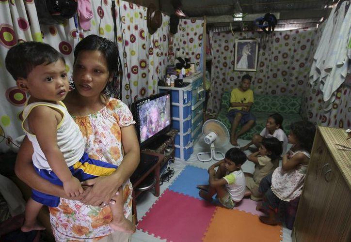 Unos dos millones de niñas de entre 10 y 14 años dan a luz cada año. (Archivo/EFE)