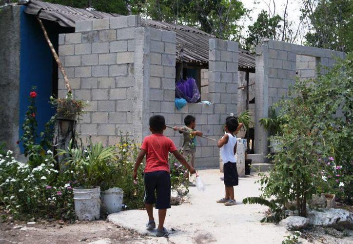 En 2014 había 17 asentamientos irregulares en Playa del Carmen;  2015 cerró con 32. (Adrián Barreto/SIPSE)