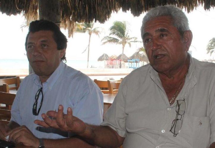 José Cortés, alcalde electo de Progreso, visitó al alcalde Daniel Zacarías en el Palacio Municipal, antes del cambio de administración municipal, que se realizará el 1 de septiembre. (SIPSE)