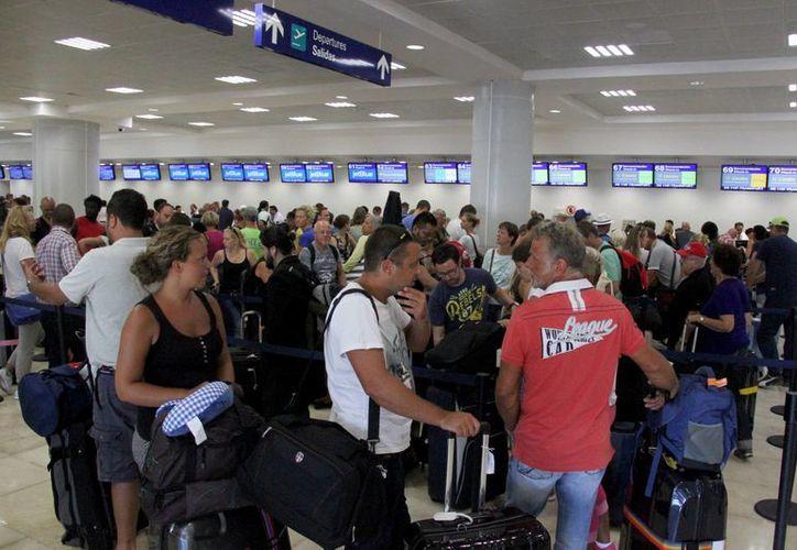 Durante la temporada invernal se busca reconquistar al turismo europeo en el Caribe. (Consuelo Javier/SIPSE)