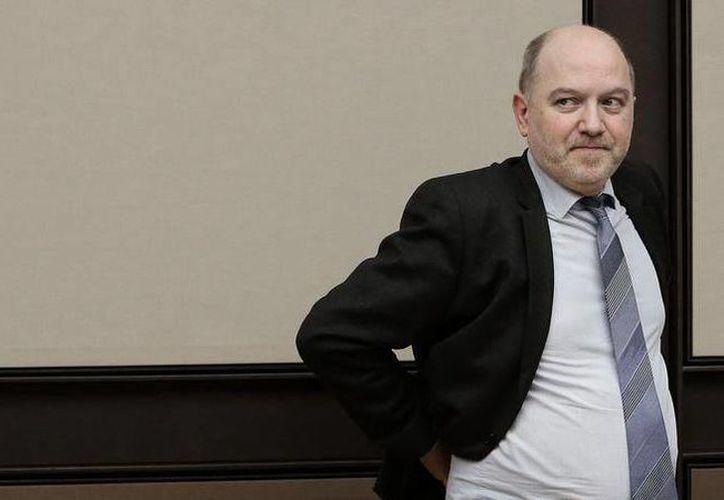 El diputado Denis Baupin renunció a su cargo como vicepresidente de la Asamblea Nacional, porque sobre el pesa una acusación de abuso contra varias mujeres. (noticiasmvs.com)