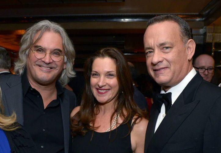Desde la izquierda: Greengrass, la productora Barbara Broccoli y Hanks. (Agencias)