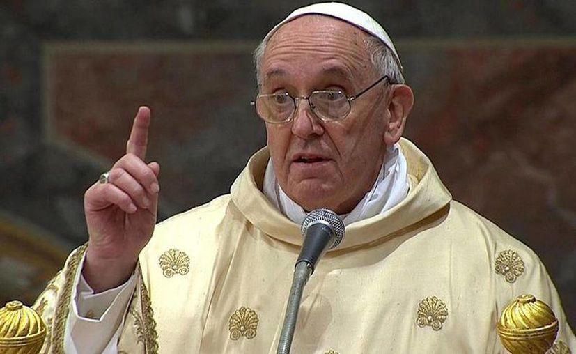 La sobriedad del papa Francisco llega hasta el presupuesto de los nuevos santos o beatos. (Agencias)