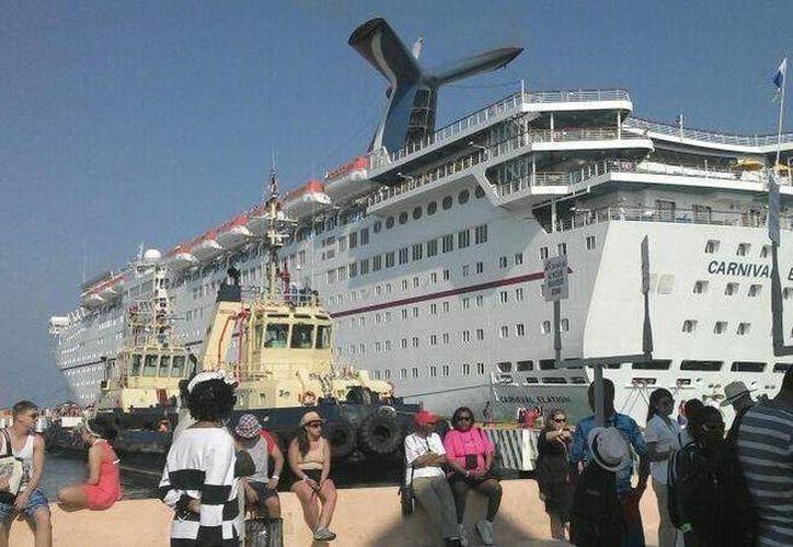 Yucatán estuvo entre los destinos del Golfo-Caribe que registraron aumento de turistas de crucero en el primer trimestre del año. (SIPSE)