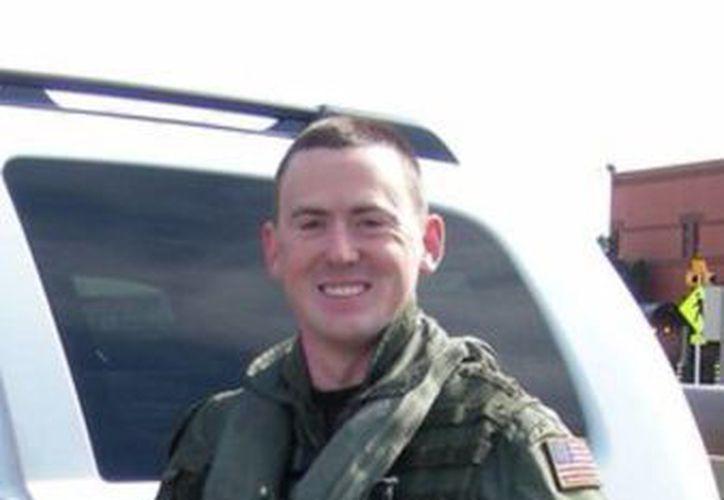 En imagen sin fechar proporcionada por la Marina de Estados Unidos muestra al piloto Sean Christopher Snyder. (Agencias)