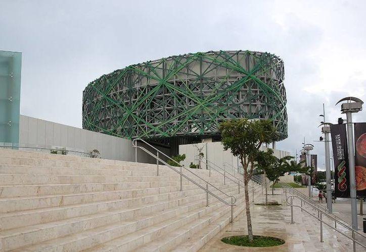 El Gran Museo del Mundo Maya de Mérida es uno de los edificios en cuya creación intervino el arquitecto Enrique Duarte Aznar, quien recibirá un premio en el Día Nacional del Arquitecto. (SIPSE)