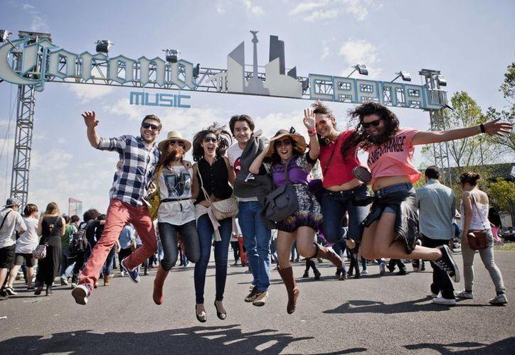 El Corona Festival se llevará a cabo el 21 y 22 de noviembre en el Distrito Federal. (Contexto/Internet)
