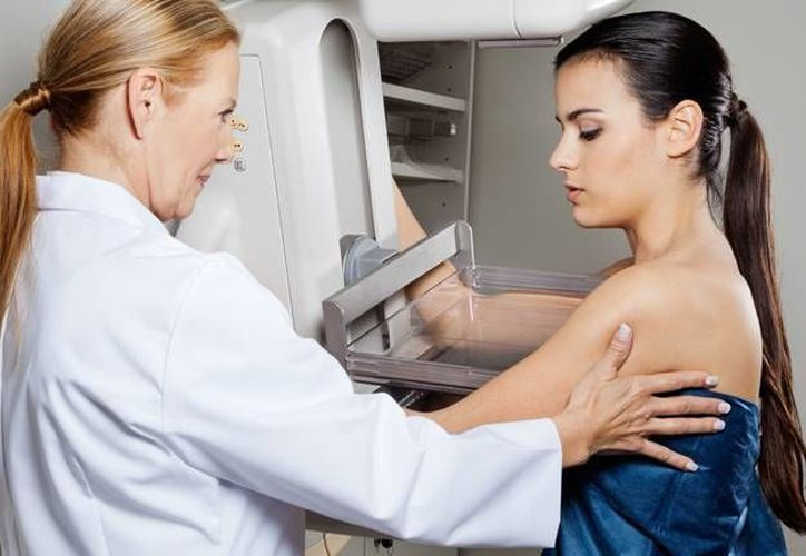 Es estudio incluye a unas 324 mil mujeres a quienes les hicieron mamografías digitales entre 2003 y 2009.(roentgen.com.ar)