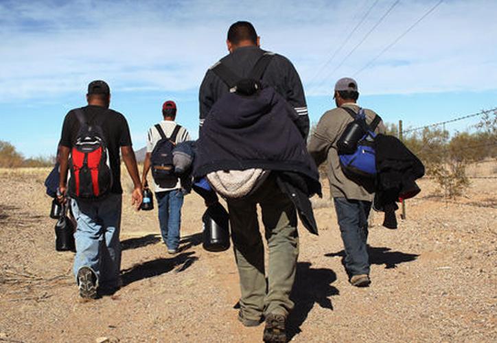 Se dispara el precio para que 'coyotes' crucen a los migrantes al vecino del país: cobran hasta 300 mil pesos. (SIPSE)
