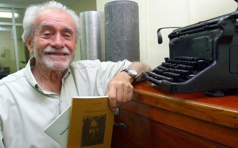 Muere el poeta mexicano Raúl Renán