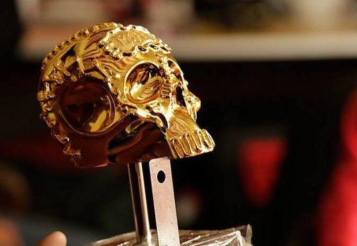 Entre los premios que otorga el Mórbido Filme Fest, a llevarse a cabo en octubre en Puebla, está la Calavera de Oro (Premio del Público para largometrajes). (morbidofest.com)