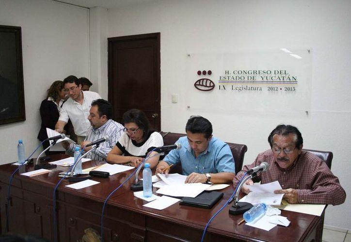 Sesión en la que diputados aprobaron el dictamen. (Cortesía)