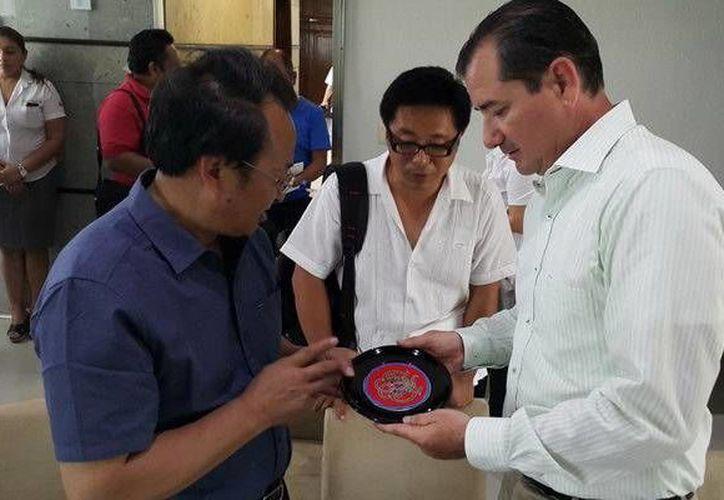 La delegación de Guizhou buscan concretar un hermanamiento. (Redacción/SIPSE)