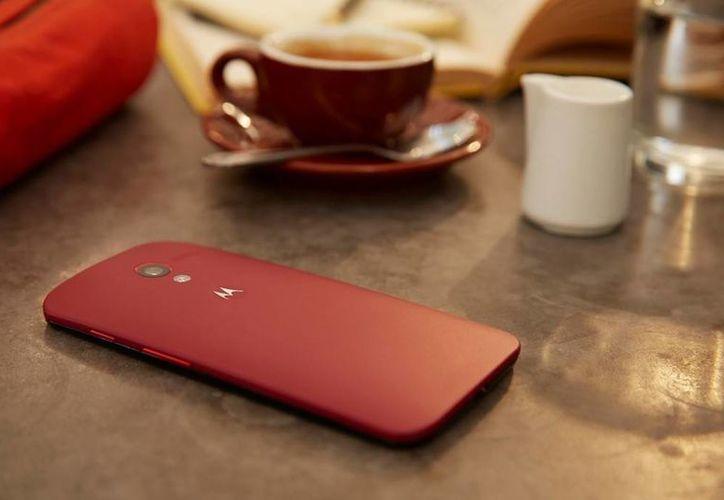 El servicio Motomaker de Motorola también permite que el cliente escoja el fondo de pantalla con el que llegará su teléfono. (holatelcel.com)