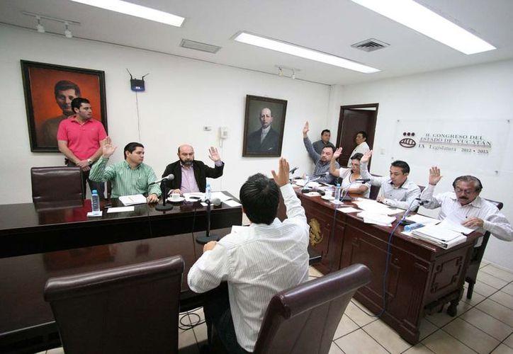 El estudio del Paquete Fiscal Estatal 2013 concluyó con el voto unánime de todos los integrantes de la Comisión. (Cortesía)