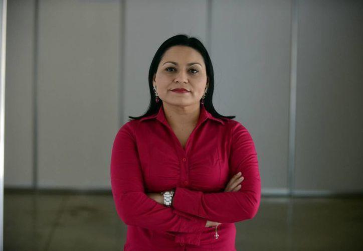 Rocío Cortés Campos se convirtió en la primera Doctora en Ciencias Sociales de la UADY. (SIPSE)