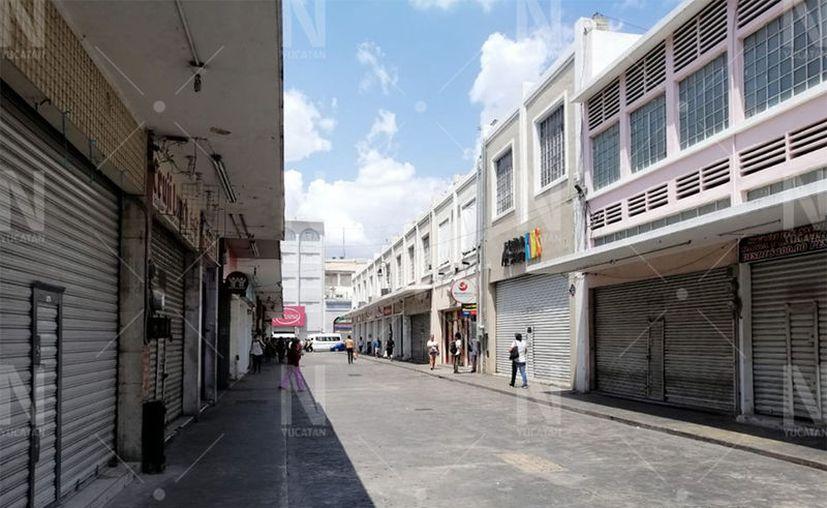 Pequeños y medianos negocios han acatado la disposición de cerrar como medida de prevención de contagios de coronavirus. (Óscar Chan/Novedades Yucatán)