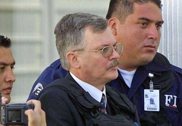 En los juicios, Cavallo sólo se dirige a su abogada de oficio, no mira los rostros de sus víctimas. (Agencias)