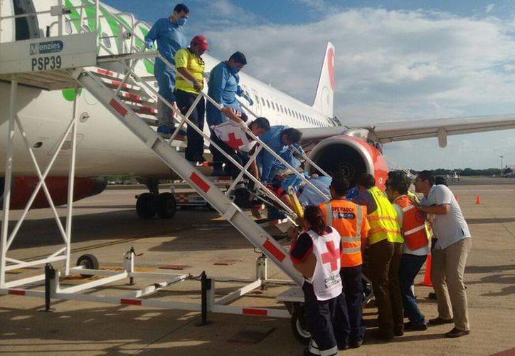 El vuelo Mérida-Monterrey tuvo que aterrizar en la capital yucateca debido al fallecimiento de uno de sus pasajeros. (Milenio Novedades)