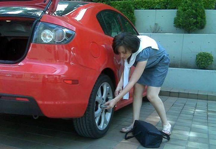 Un clavo en la llanta es uno de los casos más comunes en los autos. (Contexto/Internet)