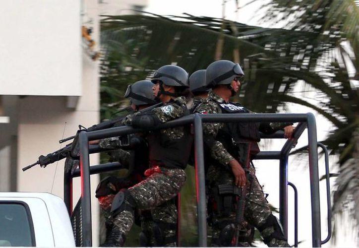 La Semar detalló que el ataque a balazos ocurrió durante un patrullaje terrestre en el poblado El Salitre Palmarillo, en Amatepec. Imagen de contexto. (Archivo/Notimex)