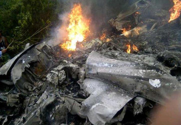 El accidente ocurrió la noche del viernes cerca de la localidad de Duvergé, al oeste de Santo Domingo. (twitter/@Impadigital)