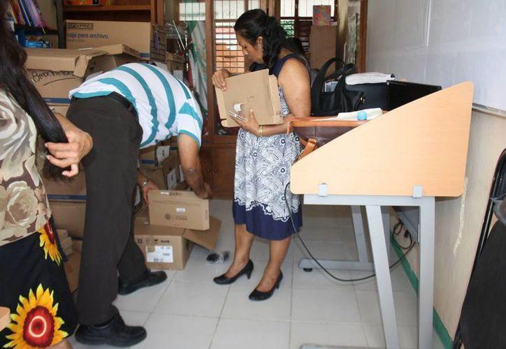 La SEyC entregó tabletas para estudiantes de escuelas de Tulum. (Sara Cauich/SIPSE)