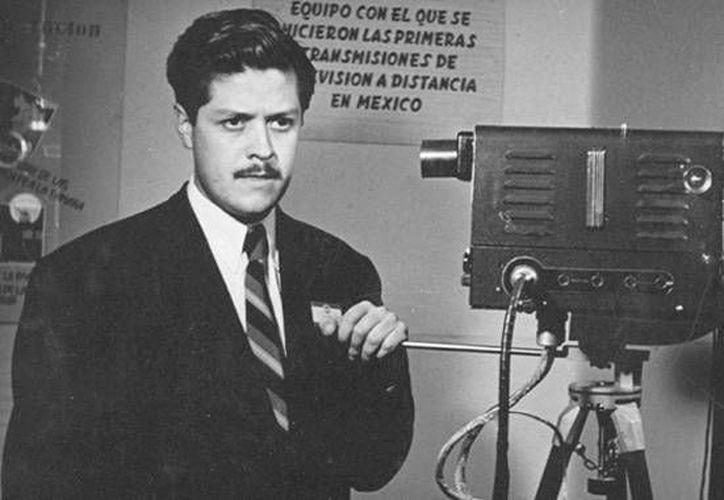El 7 de septiembre de 1946 fue inaugurada la primera estación experimental de televisión en nuestro país, por el el ingeniero Guillermo González Camarena. (Síntesis)