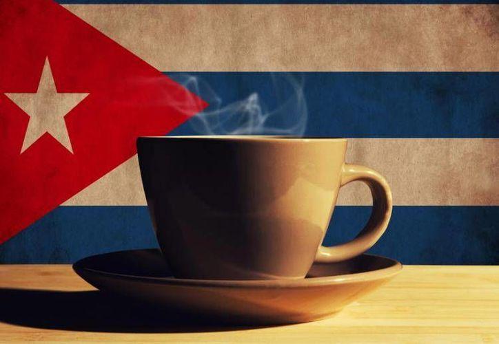 La producción de café se hace generalmente en tierras del Gobierno castristam, por lo que el impacto de la medida será mínimo. (Imagen de contexto, solo para fines ilustrativos, tomada de www.carlosbua.com)