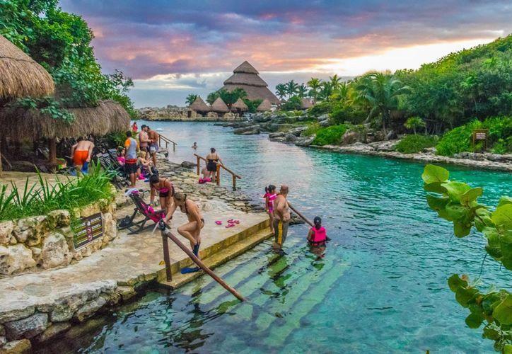Líderes de la industria del entretenimiento visitaron el parque Xcaret en la Riviera Maya. (Contexto/Internet)