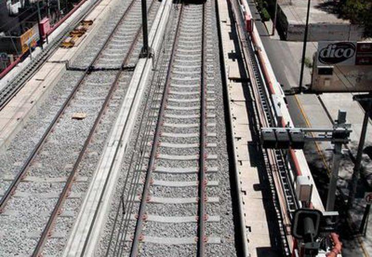 Tres exfuncionarios ya fueron detenidos por las irregularidades durante la construcción de la Línea 12 del Metro y hay otras tres órdenes de aprehensión pendientes. Imagen de la Línea 12 del Metro de la capital del país. (Archivo/Notimex)