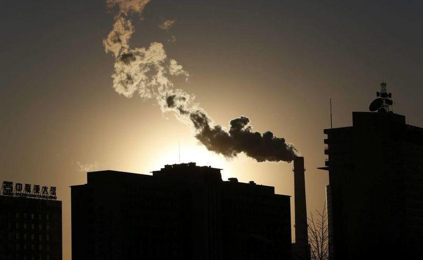 Antes de la revolución industrial del siglo XIX, los niveles de CO2 eran de 280 partes por millón. (EFE/Archivo)