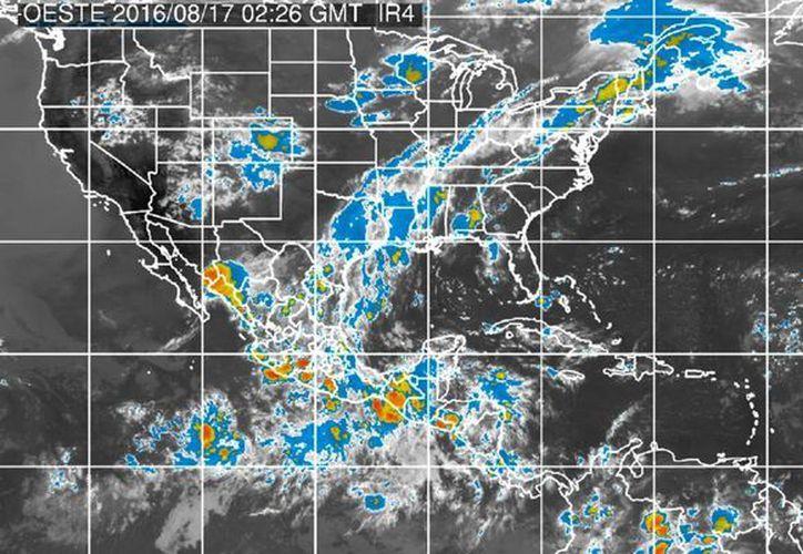 La depresión tropical seis, que se formó en el lejano Océano Atlántico, se convertirá hoy en la tormenta tropical Fiona. (smn.cna.gob.mx)