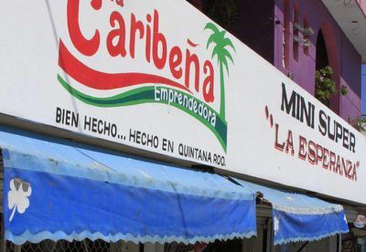 Las tiendas que pertenecen a La Caribeña han elevado su competitividad. (Ángel Castilla/SIPSE)