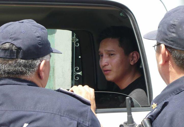 Manuel Castillo Sanguino, tras su detención. (Milenio Novedades)