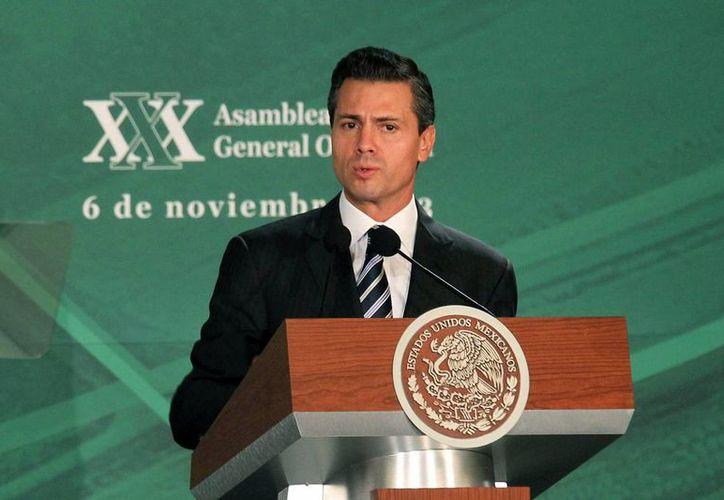 Peña dijo que su gobierno abandonará el enfoque asistencialista en el campo. (Notimex)
