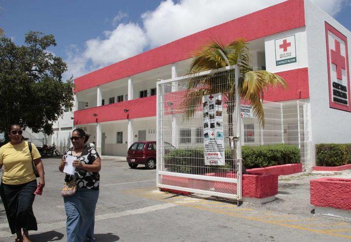 En la delegación de la Cruz Roja en Cancún no se abrirá un centro de acopio de alimentos. (Tomás Álvarez/SIPSE)
