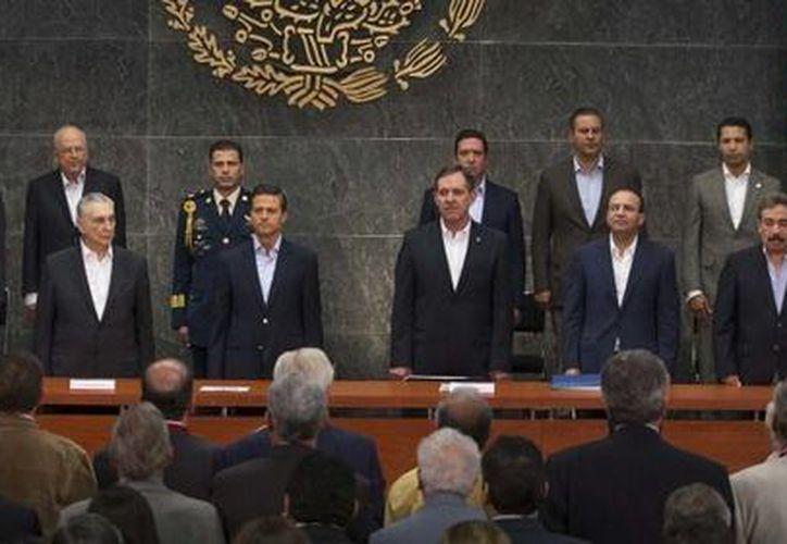 Peña Nieto dijo que confía en que los legisladores analicen su propuesta de reforma energética. (Presidencia)