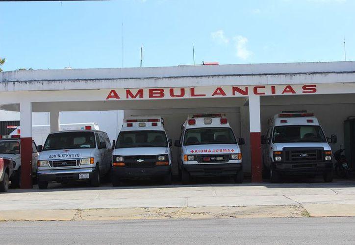 La Cruz Roja en la capital del Estado cuenta con tres vehículos para emergencias, la unidad más nueva es un modelo de 12 años atrás. (SIPSE)