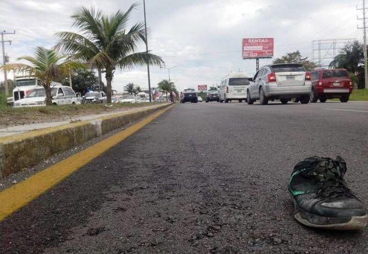 El accidente, donde un peatón perdió la vida, ocurrió el lunes 12 de enero en el bulevar Colosio. (Sergio Orozco/SIPSE)