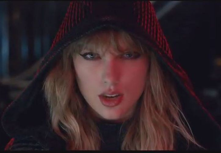 En el video de ....Ready for it? Taylor se enfrenta consigo misma. (Foto: Captura)