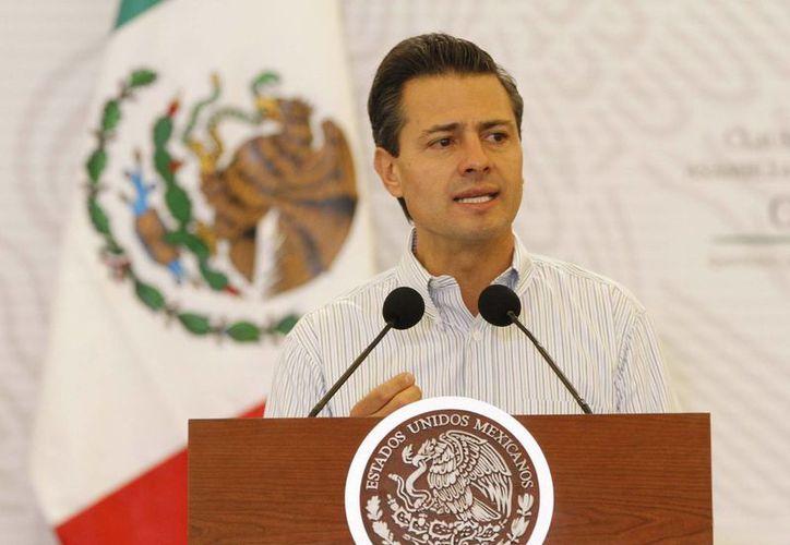 La inversión en infraestructura para el ramo de la salud en México será 35% superior a la del año pasado, según Peña Nieto. (Notimex)